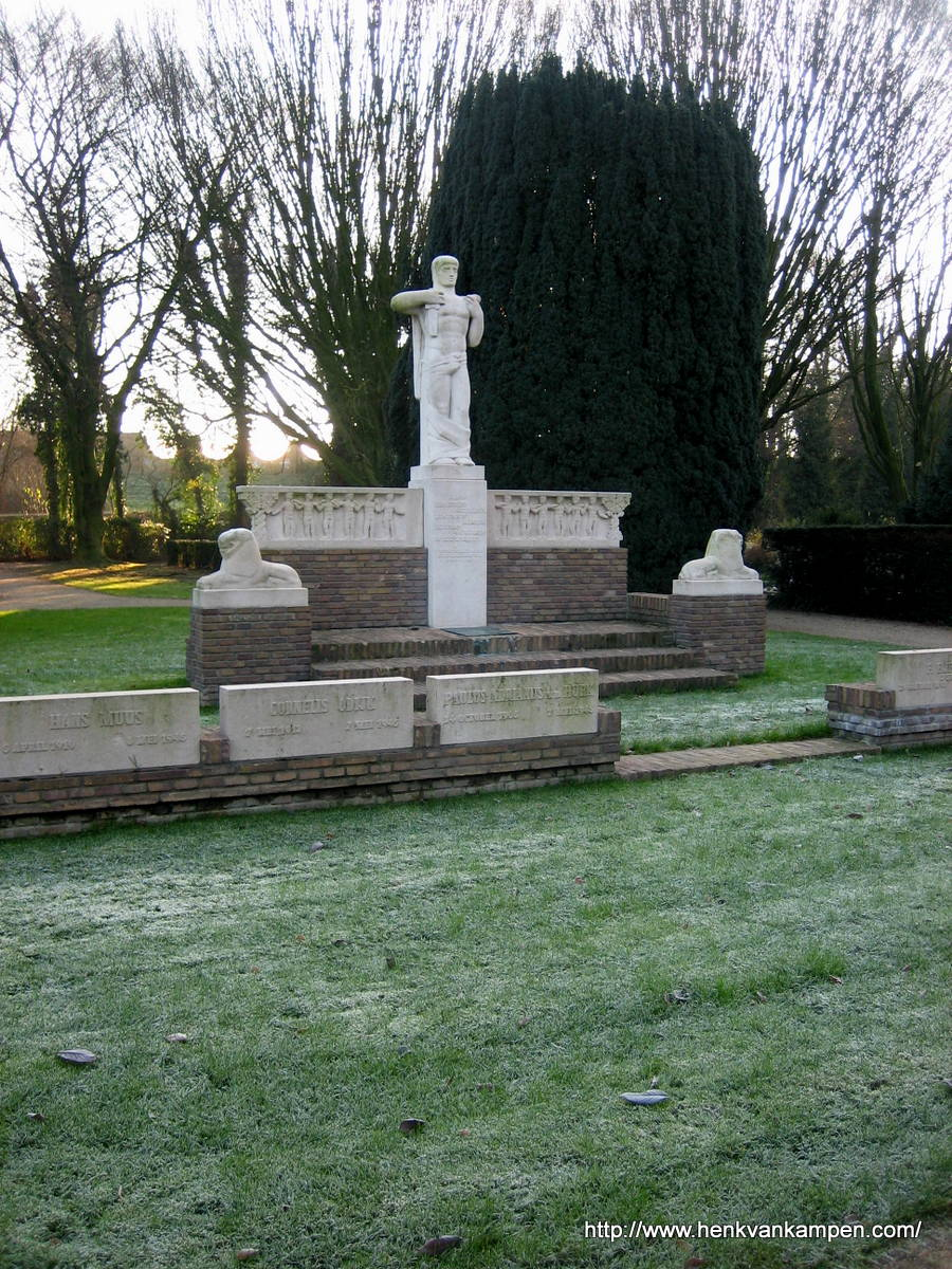 War graves and memorial, Tolsteeg Cemetery, Utrecht