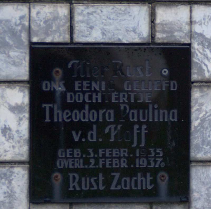 Tombstone inscription for Theodora Paulina van den Hoff, Catholic Cemetery, Wijk bij Duurstede