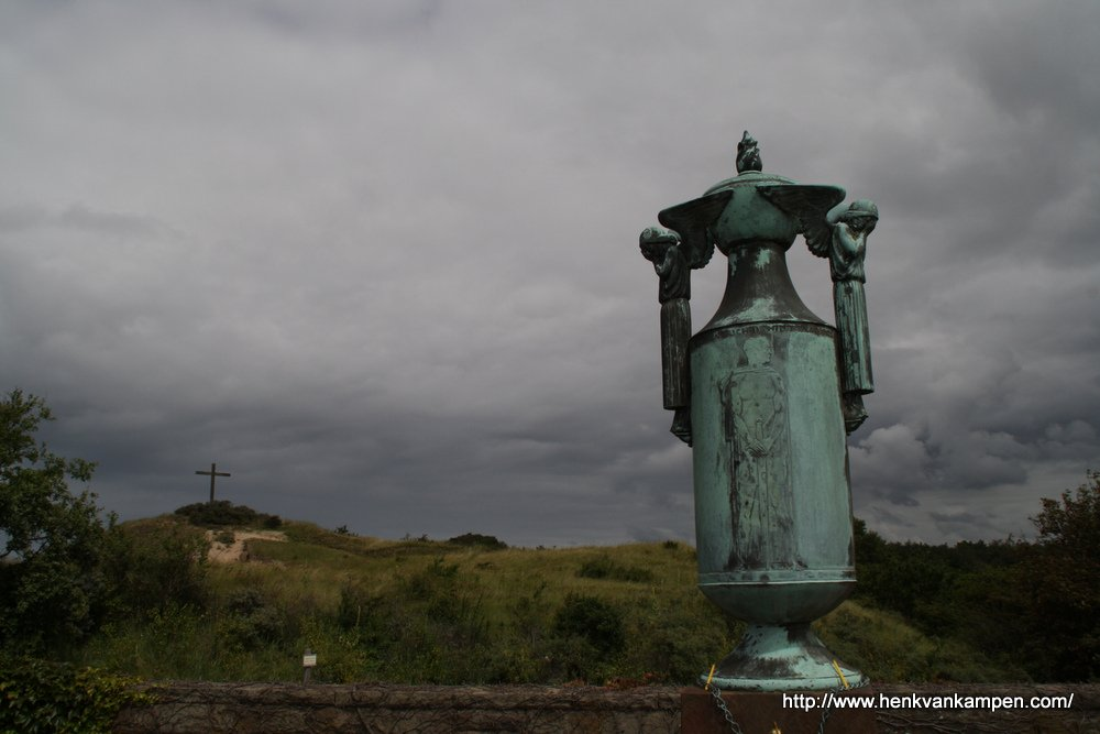 War cemetery, Overveen