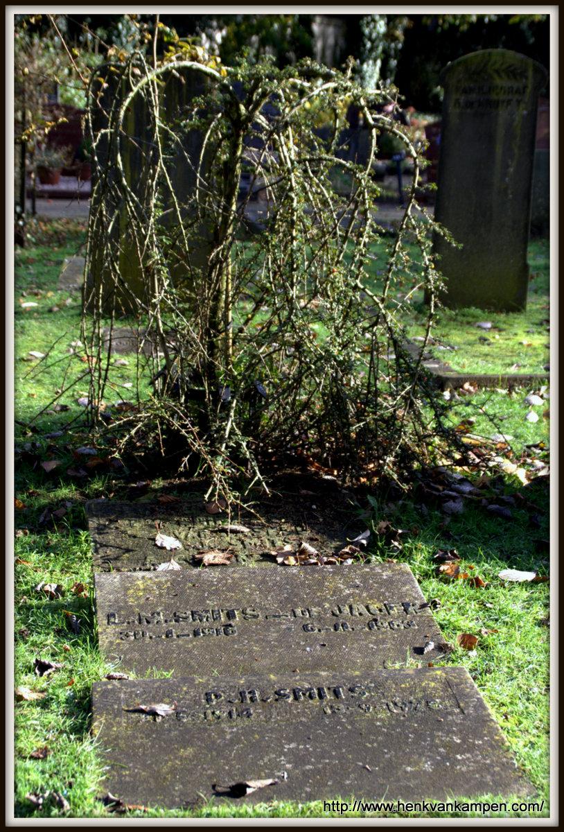 Smits grave, cemetery of Oud Leusden