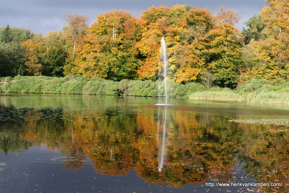 The pond of Soestdijk Royal Palace during autumn