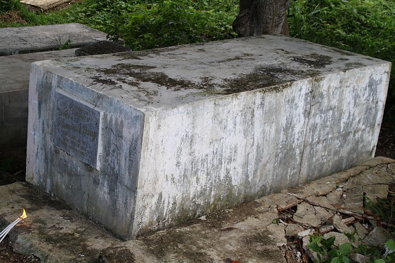 Tombstone of Haneper Astoriano Duroy, Cemetery of Capoocan, province Leyte, Philippines