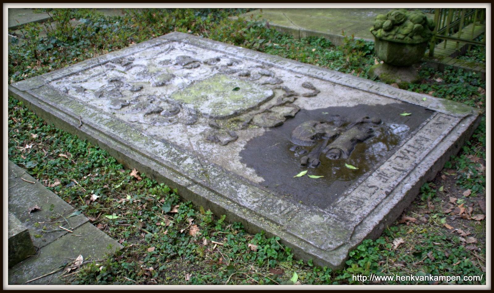 Tombstone of Nicolas Malapert Heer van Plettenburg